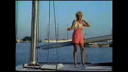 Тони Дачева & Кристал - Целуни ме