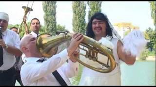 Иво Доктора & DJ Попа & Добо Добрия - Моята жена - секси парче